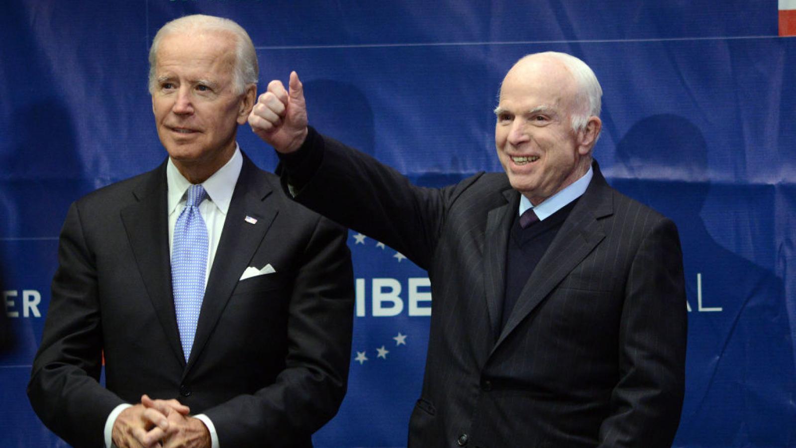 Joe, Biden, John McCain in Philadelphia, 2017