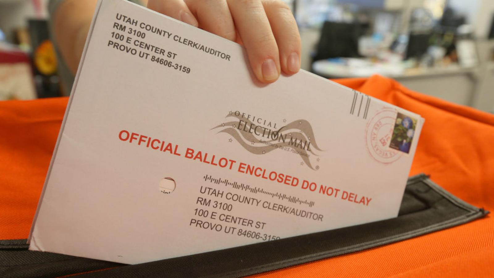 Mail in ballot in Utah for the 2018 midterm election