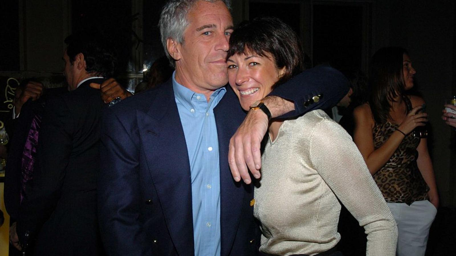Jeffrey Epstein and Ghislaine Maxwell in 2005