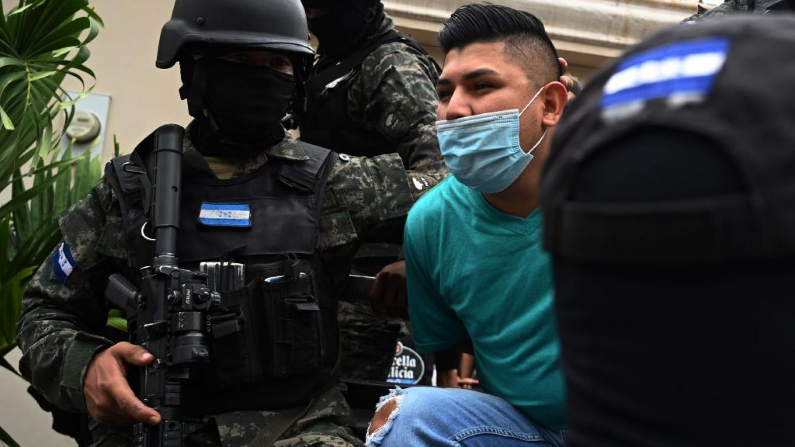 An arrest of an alleged MS-13 administrator in Tegucigalpa, Honduras, Nov. 26