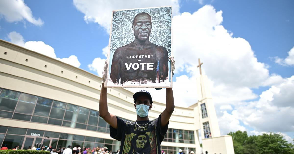 Survey shows blacks wildly overestimate frequency of police fatally shooting young black men